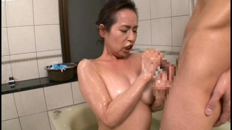 初撮り六十路妻ドキュメント 東條志乃|無料エロ画像14
