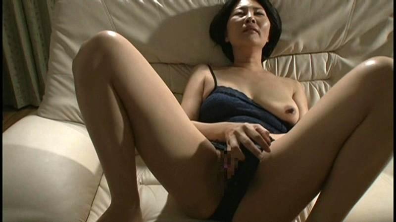 初撮り五十路妻ドキュメント 安西淳美
