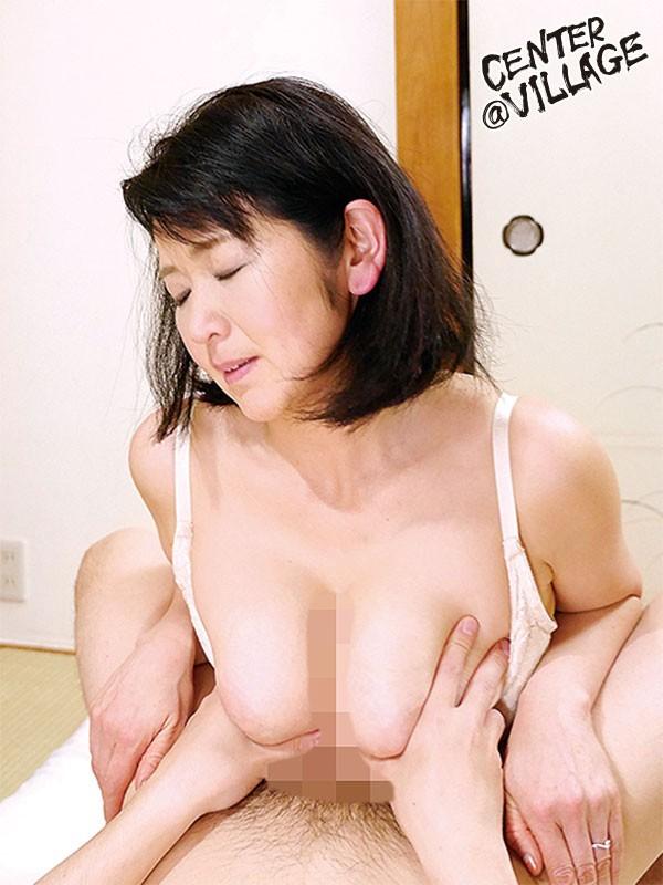初撮り五十路妻ドキュメント 上島美都子 画像3