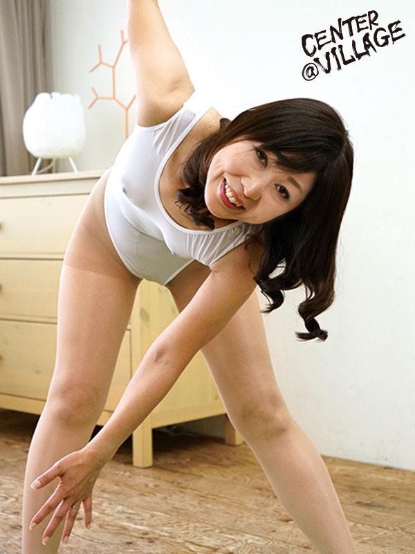 初撮り五十路妻ドキュメント 坂上準子