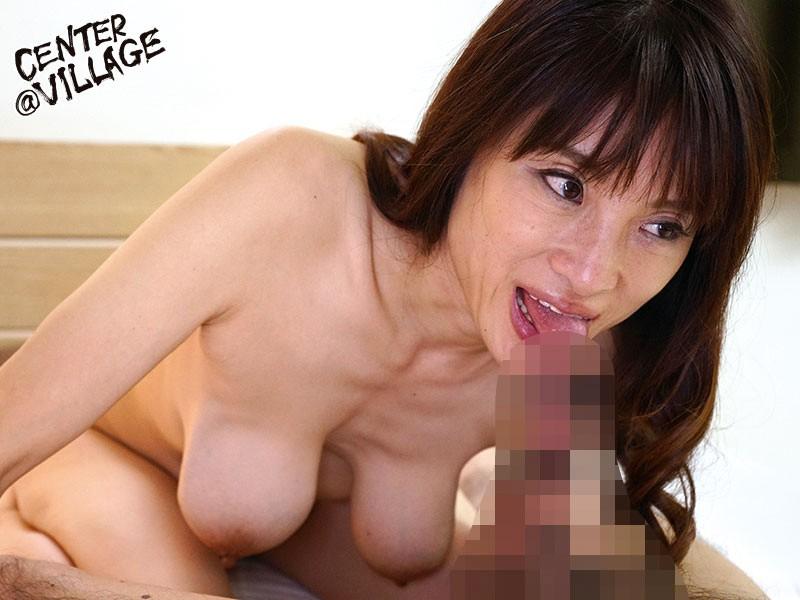初撮り五十路妻ドキュメント 伊東咲恵