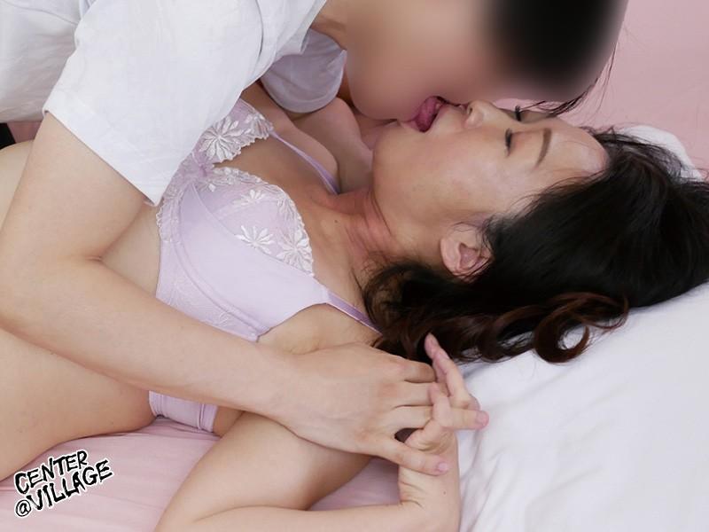 初撮り五十路妻ドキュメント 武田かすみ の画像6