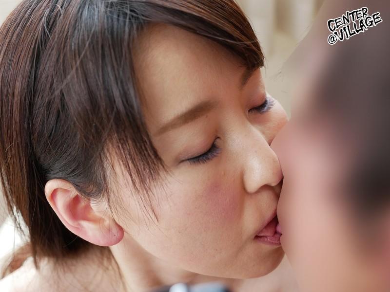 初撮り人妻ドキュメント 月原和奈 2枚目