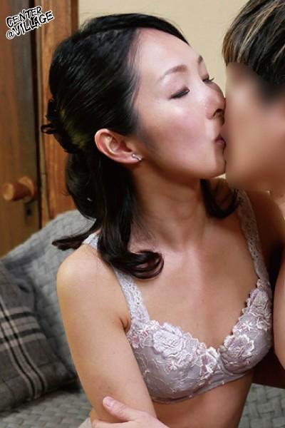 初撮り人妻ドキュメント 川嶋穂花 8枚目