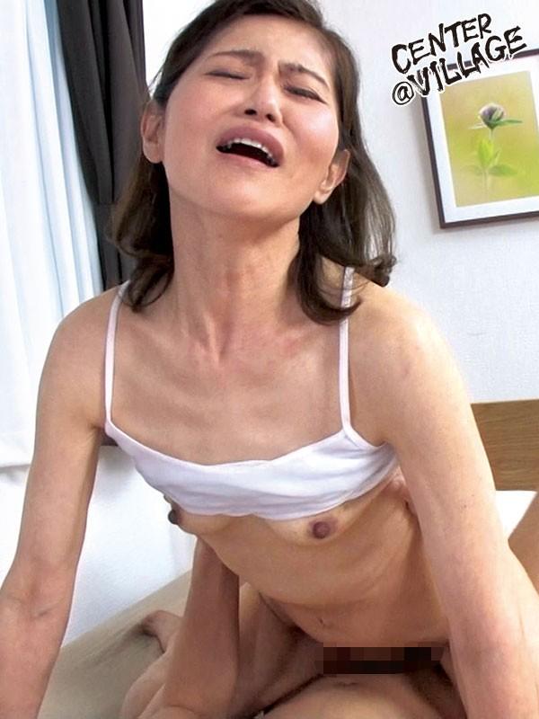 初撮り五十路妻ドキュメント 細川理恵子9