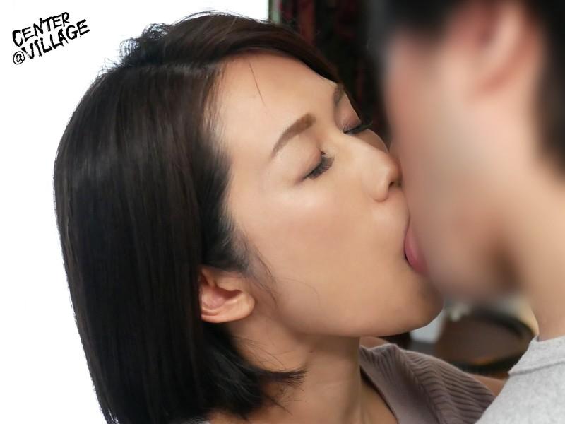 初撮り人妻ドキュメント 藤谷友梨子
