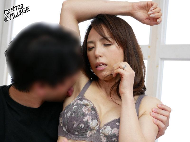 初撮り人妻ドキュメント 真崎理恵子 画像4