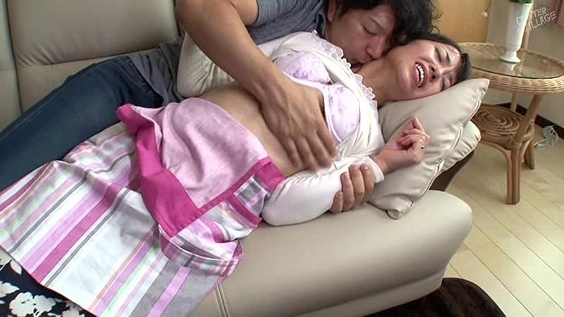 娘の彼氏に膣奥を突かれイキまくった母 宮島優サンプルF5