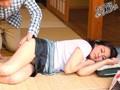 ノーパンでうたたねしていた隣のおばさん 小柳亜希