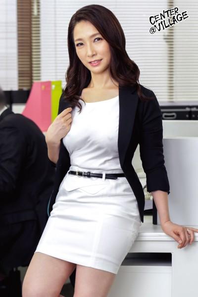 美人な上司はド変態 イライラするとムラムラしてしまうドS女部長が、できない部下と会社で自宅で痴女セックス 黒木まり