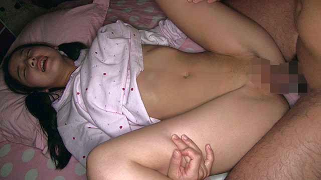 貧乳パイパン妹の裸遊び 妹淫行 画像3