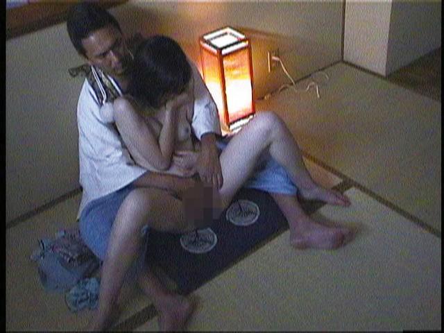 不感症の悩みを持つ女性にお祓い性感治療をする変態祈とう師 キャプチャー画像 9枚目