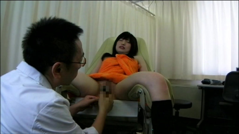 (h_1000spye00283)[SPYE-283]Peeping Video Of A Medical Worker Who Exposes Her Pubic Area, With Just A Little Hair 9 Download sample_big