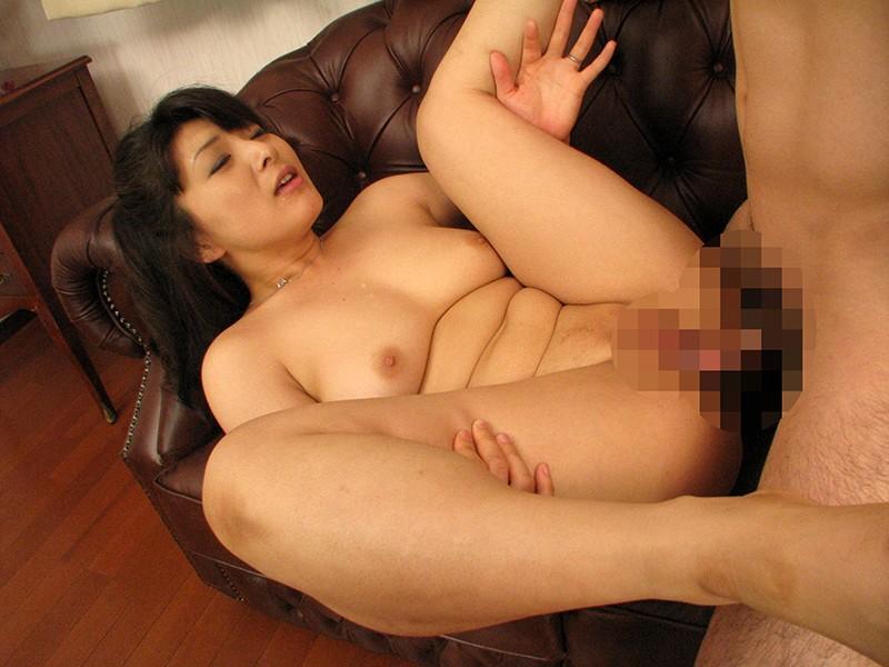 彼女以上に気持ちいいマ○コの母 川嶋菜緒 キャプチャー画像 9枚目