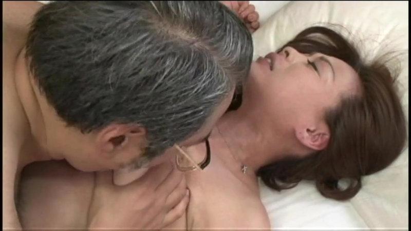 誘惑熟女姉妹〜若い男を取り合う特殊性癖 画像4