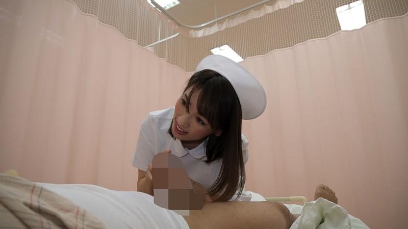 「溜まってるでしょ?」年上の看護師が優しく馬乗り騎乗位でオナニーのお手伝い 4枚目