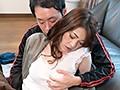 コタツの中で蒸れた股間を夫以外の男にくちゅくちゅと弄られこっそり欲情する美熟女 9
