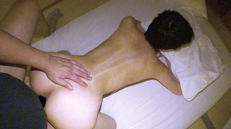 人妻湯恋旅行129 画像12