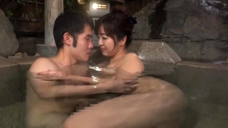 美人で自慢のお母さんと二人で出掛けた温泉旅行で無防備な母の裸体に興奮してしまい思わず犯してしまった人には言えない過ち14