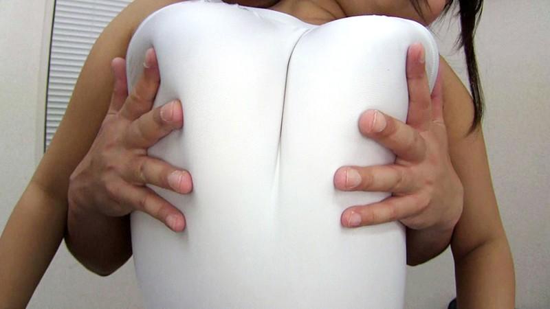 おっぱいをオナホールとして使われた元爆乳グラビアアイドルの肉枕営業 葉月美音 8枚目