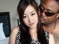 黒人と素人妻、デカマラでガチ●ポSEX!sample1