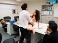 人妻OLの誘惑潮吹きオフィス 今井真由美