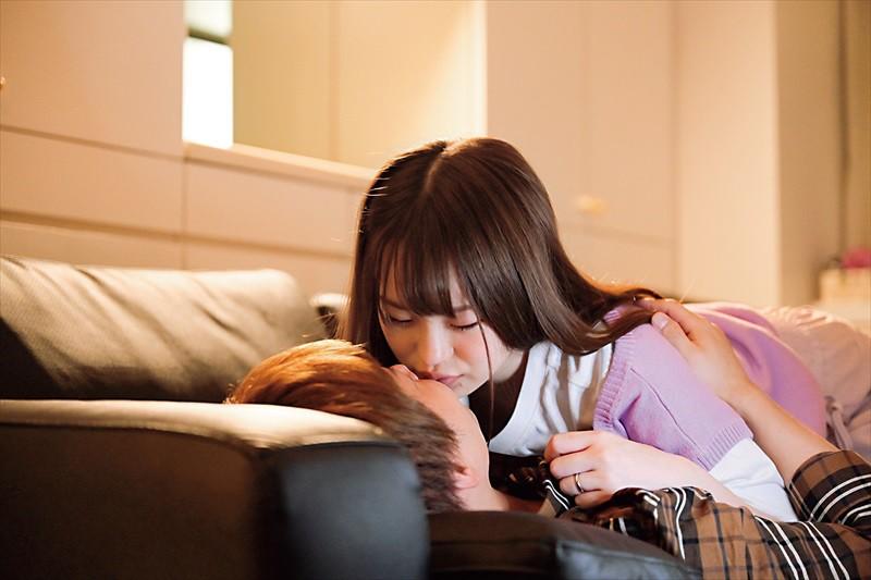 彼女が2泊3日の旅行で居ない間に既婚者の元カノと3日間ハメまくったイケナイ純愛記録 松本いちか