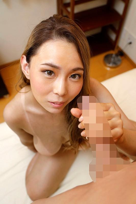 Iカップロケットオッパイのエロ黒姉さん over age.30