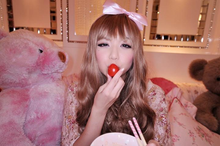 【ギャル 着エロコスプレ】巨乳の素人美少女の、着エロコスプレsexエロ動画!!めちゃキュートです!