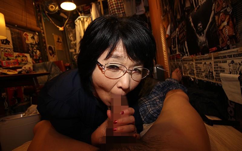 愛しのデリヘル嬢 素人売春生中出し 盗撮強制撮り下ろし 上島さん(主婦)51歳 キャプチャー画像 11枚目