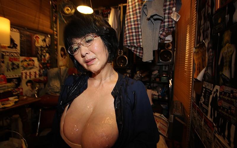 愛しのデリヘル嬢 素人売春生中出し 盗撮強制撮り下ろし 上島さん(主婦)51歳 キャプチャー画像 20枚目