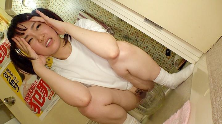 素人セーラー服生中出し(改) 琴音芽衣 純真純白10代の肌×びっくん美乳羞...のサンプル画像