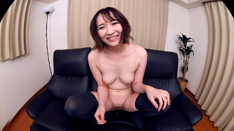 【VR】成海美雨 この色白美女とこれからSEXします。鏡に映るフェラ中のお尻は必見!彼女に内緒でボクのことを好きなFカップでパイパンな後輩ちゃんに中出し三回!16