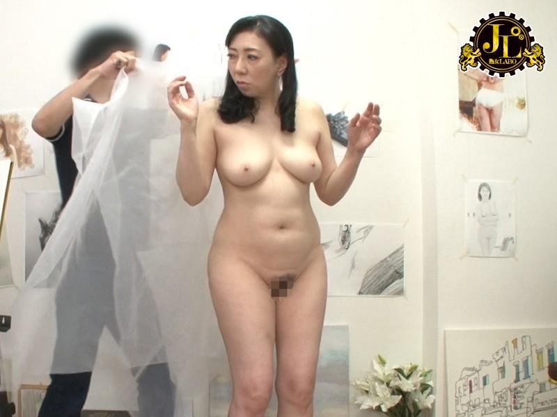 ヌードデッサンモデルの高額アルバイトでやってきた人妻さんに男根挿入して種付けSEXするビデオ19