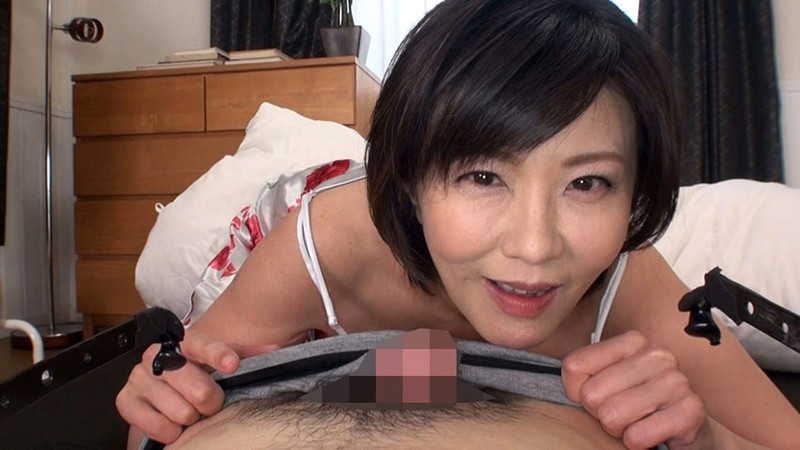 ささやき淫語で誘惑する淫乱五十路妻 円城ひとみ キャプチャー画像 1枚目