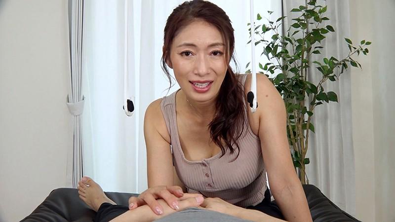 ささやき淫語で誘惑する淫乱五十路妻 小早川怜子 画像9