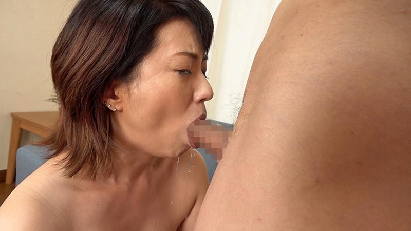 「アラフィフだってまだまだセックスしたいの。」 蓄積した性欲を解放するため、勇気を出してAV出演する美熟女妻 恵美さん 56歳 画像5