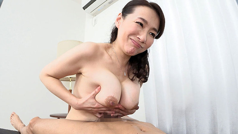 「経験が少ない若い男の子が大好き」やわらかオッパイ美人妻の嬉し恥ずかし母性たっぷりセックス 画像15
