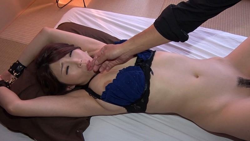 爆乳Icupの情熱フェラチオ まんぐりがえしで生中出し注入 篠田あゆみ