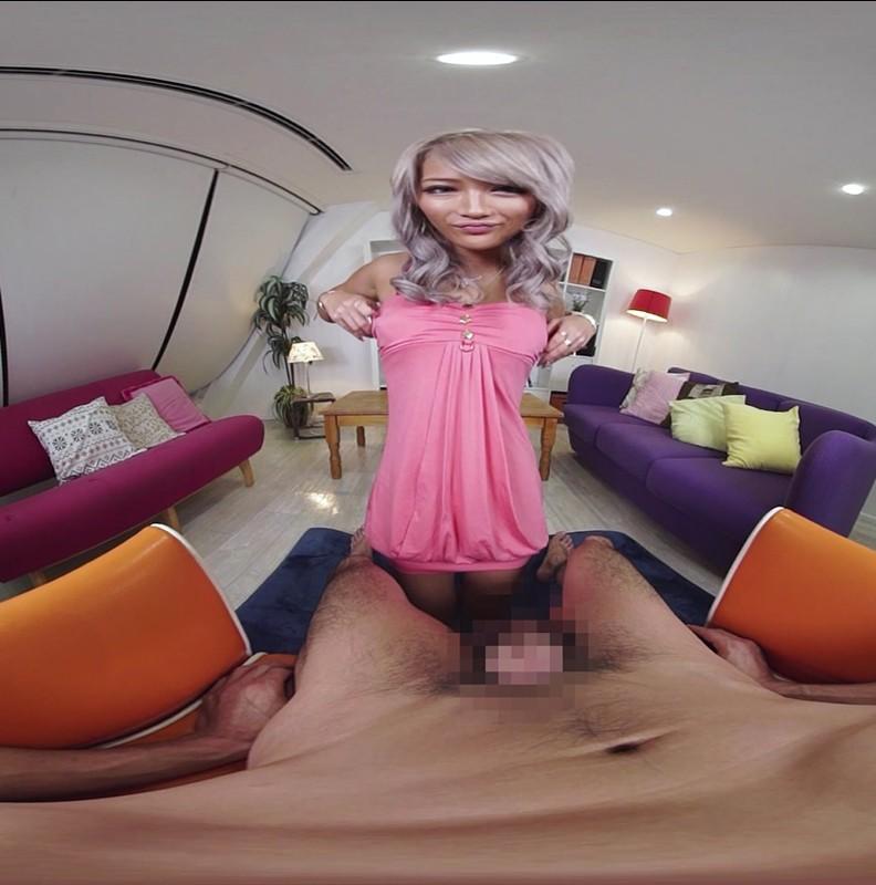 【VR】背後から忍び寄る囁き淫語手コキフェラ AIKA キャプチャー画像 2枚目