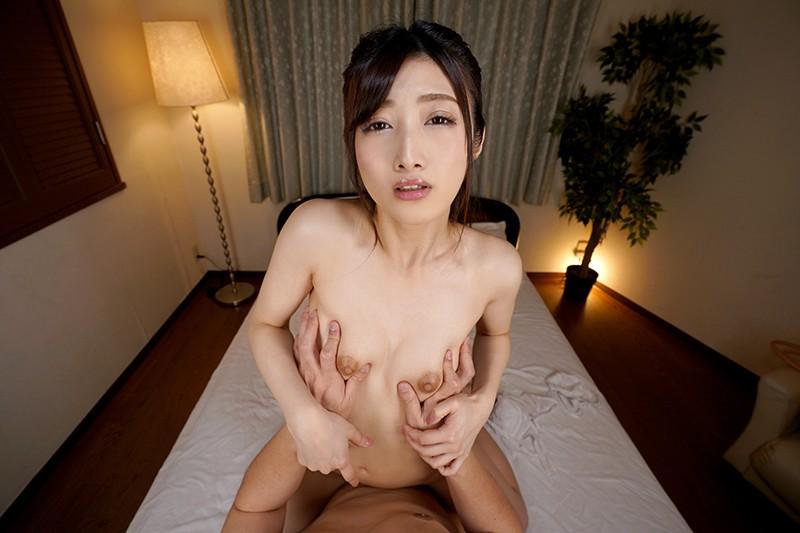 阿部栞菜との対面座位での距離感が良い