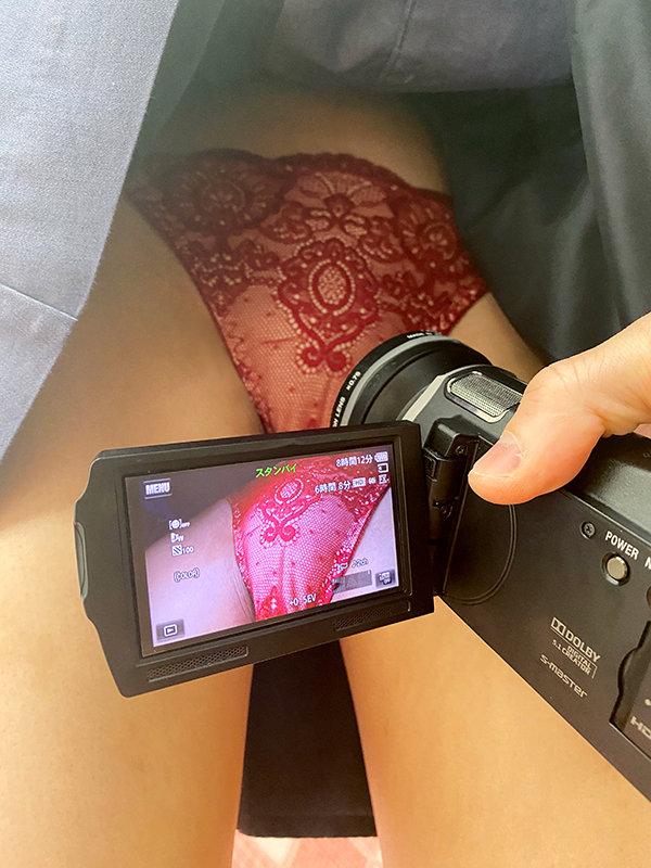 【VR】【テレ屋の美巨乳素人】出会ったその日に【ハメ撮り!】絶頂連発の超敏感ウブ娘と【口内射精】【中出し】【顔射】濃密FUCK かれん 画像4