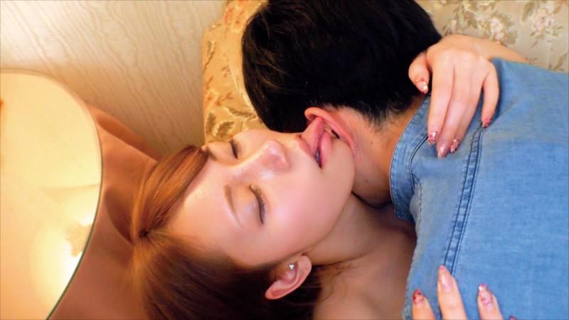 素人女子大生が童貞君とくちSEX!キス未経験男子にキス好き女子がDキス、舌吸い、舌挿入、舌激ピストン!顔中よだれまみれで恍惚絶頂!下のお口も濡れ濡れになってま●こでも生中童貞筆おろし!! 18枚目