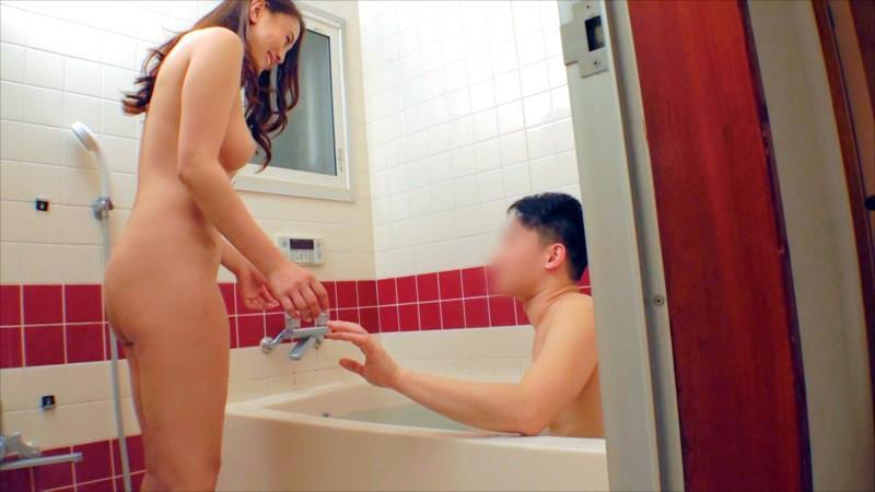 弟が大好きな優しいお姉ちゃんが禁断の近親相姦 姉弟風呂で10年ぶりに見た互いの裸に赤面発情 両親に内緒で何度もイキまくる中出しSEX 5枚目