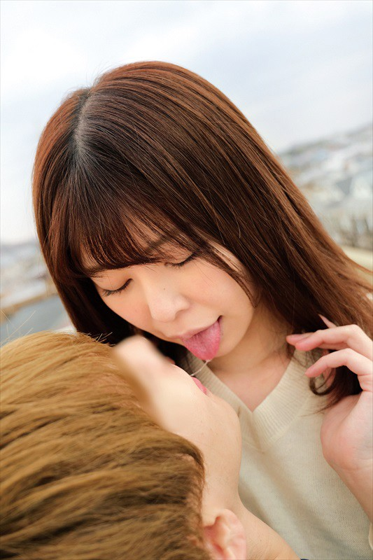 素人女子大生の皆さんww青空の下で脳がトロける超濃密ベロキス体験してみませんか?舌を絡ませる糸引き涎ダラダラディープキスで高まっちゃって!?とにかくキスキスキス生々しい接吻中出しSEXww 画像8