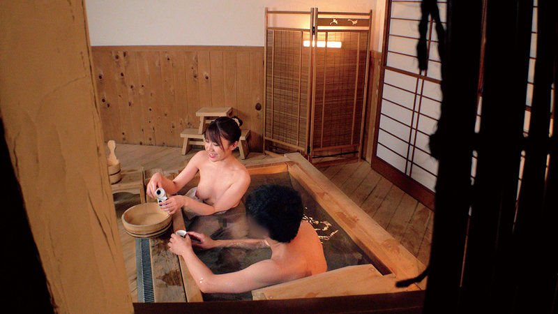 もしも…終電逃した男女の友達が「混浴温泉で洗いっこ」体験したらどうなるの…!?友人・仕事・先輩後輩関係の男女2人がほろ酔いで心も体も裸になり混浴温泉で互いの身体を洗い合い男女同時発情…果たして一線を越えてSEXしてしまうのか!? キャプチャー画像 5枚目