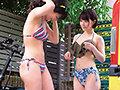 [SKMJ-198] 湘南の海で出会った水着ギャルがデカチン童貞君と「素股オイルマッサージ」に挑戦! 生マンにヌルヌルこすれるデカマラに発情しちゃって『おま○こに入れてみるw』そのまま筆おろし生ハメ中出しSEX!!