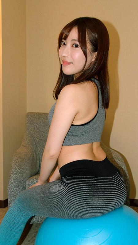 アソコに直穿きスポウェア女子 マン汁流して感じすぎエクササイズ!!1