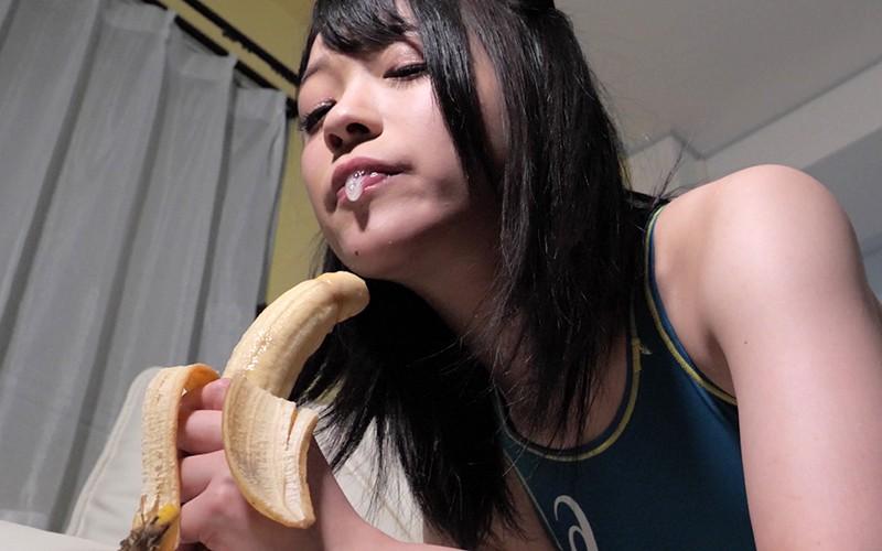 くすぐりプレイ 〜バナナ舐め&脇くすぐり〜 南梨央奈 8枚目