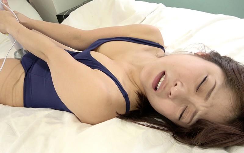 オナニープレイ 〜スク水電マオナニー〜 天希ユリナ 9枚目